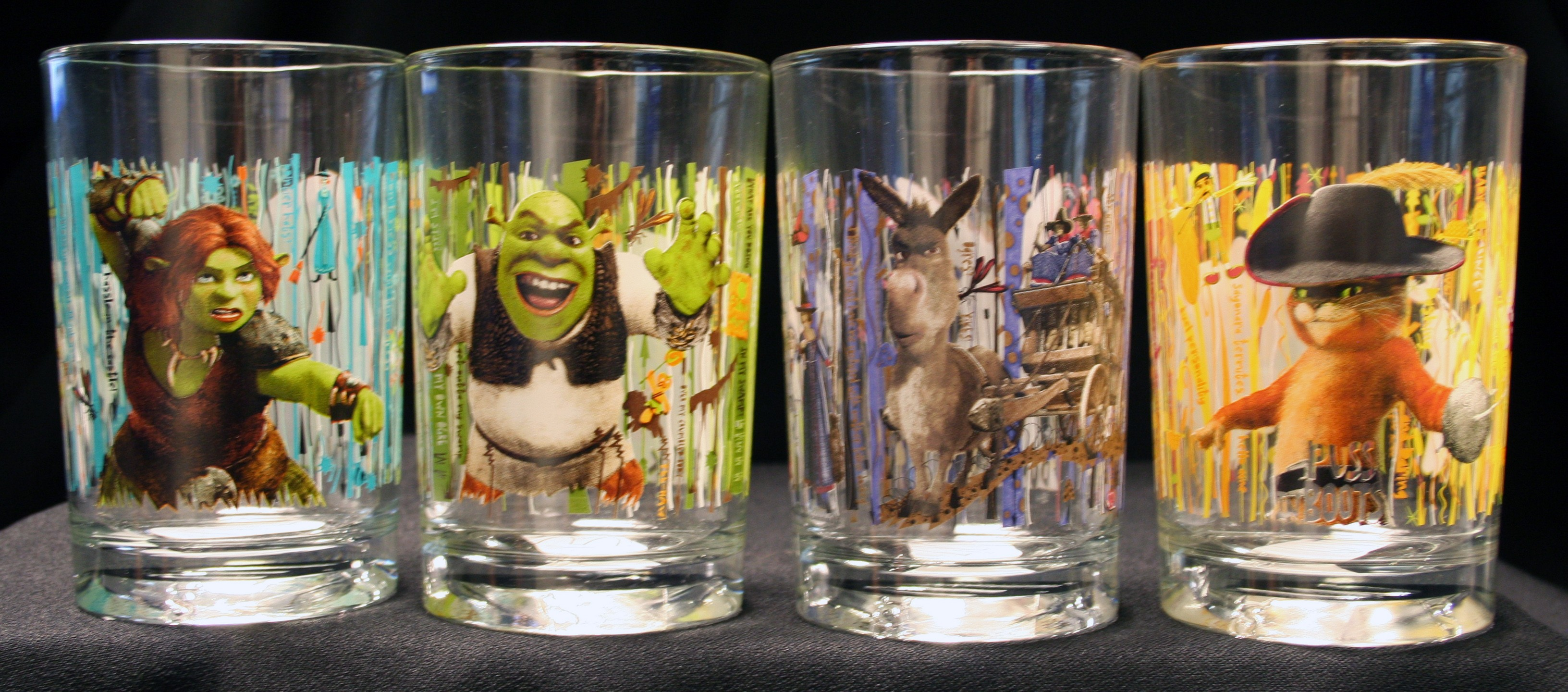 "Shrek Forever After 3D"" glasses"
